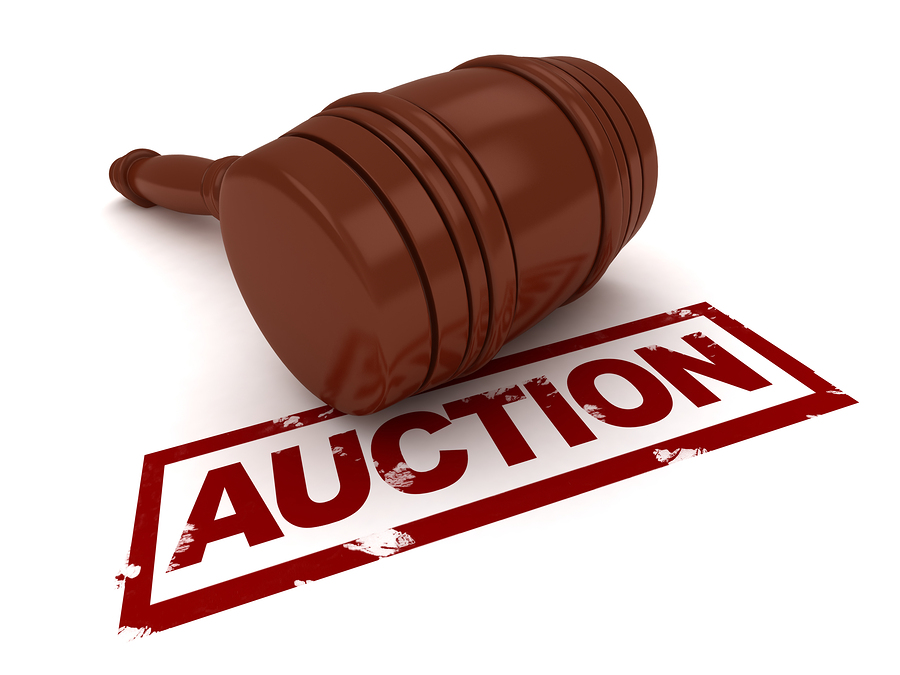 clip art of gavel and the word auction